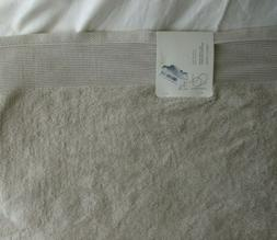"Project 62 + Nate Berkus Solid Bath Towel Creamy Chai 30"" x"