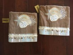 set of 2 New with tags Avanti Linens By The Sea Bath Towels